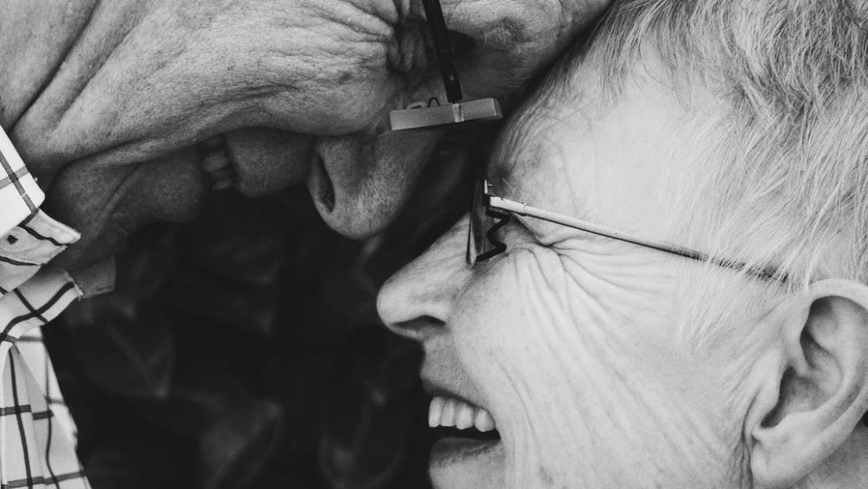 Видение расстройства у пожилых людей